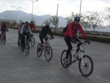 Lhasa to Kathmandu bike tour
