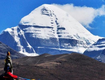 Mount Kailash Tour by Overland