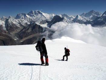 Mt. Cholatse Expedition