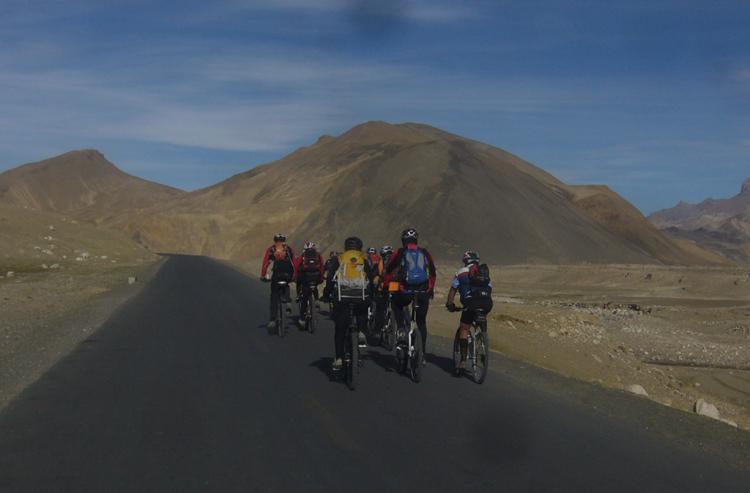 Lhasa to Kathmandu bike tour 4