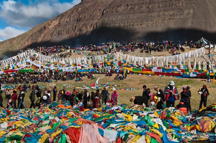 Saga Dawa Festival Tour with Mount Kailash Yatra 4