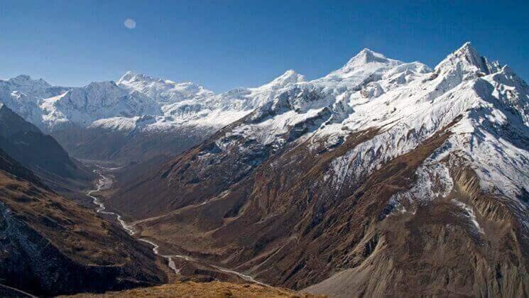 tsum-valley-trek-in-nepal44